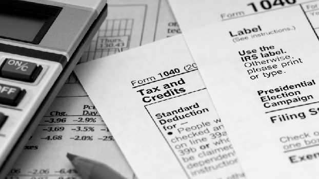 How to take a tax deduction for a home refinance